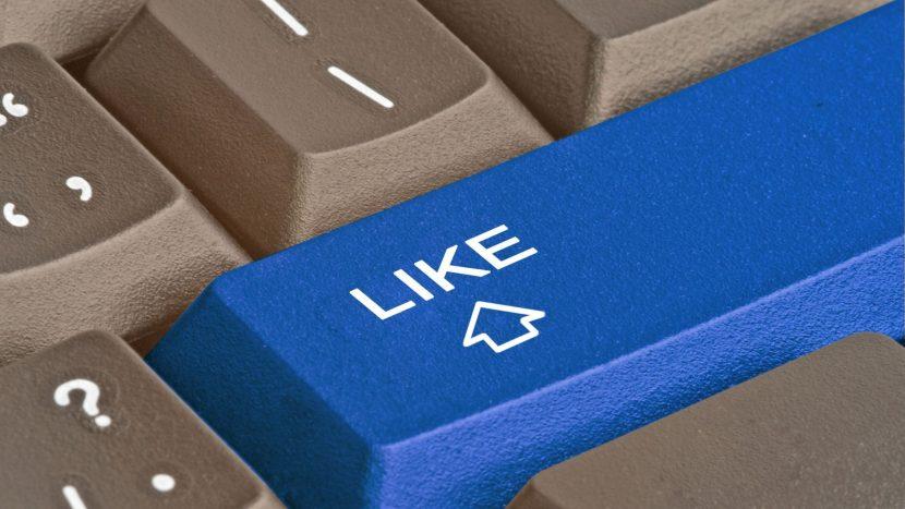 Facebook tente une nouvelle fois de lutter contre la fausse information