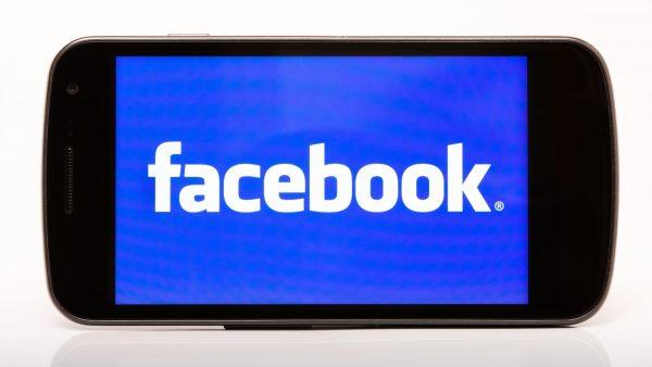 Pourquoi Facebook a-t-il décidé de désactiver le compte de Donald Trump